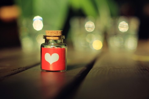 爱情是两颗心的碰撞