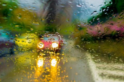 雨中的故事