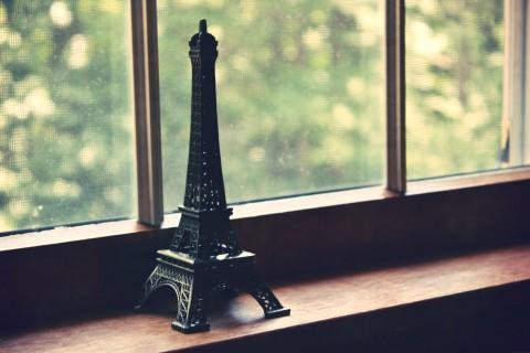 巴黎铁塔的忧伤