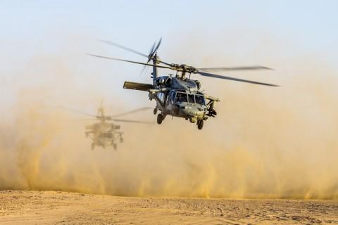 海鹰直升机