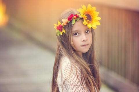 清新可爱的小女孩