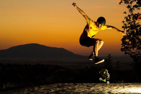 炫酷特技滑板
