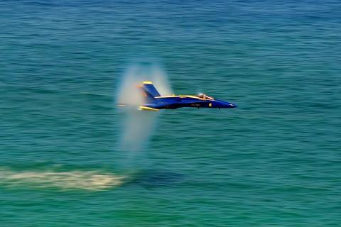 F-18大黄蜂