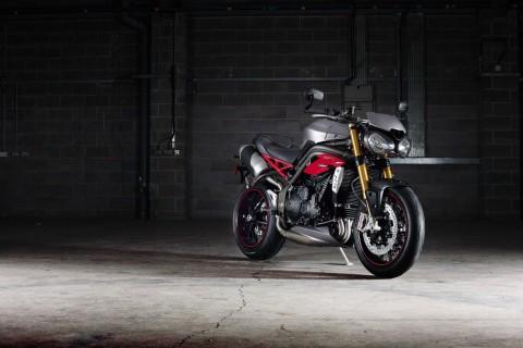2016款凯旋摩托车