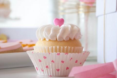 漂亮爱心奶油蛋糕