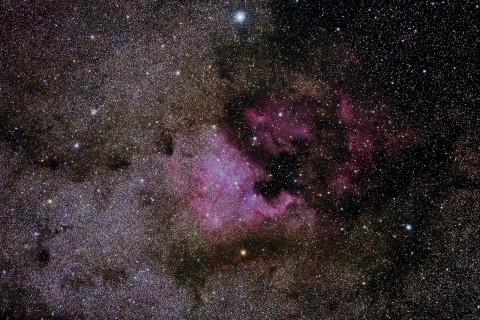 璀璨的北美星云