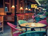 街角的那间咖啡店