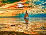 海上的唯美帆船