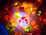 彩灯中的雪人