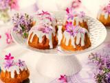 花瓣奶油蛋糕