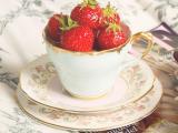 美味杯中草莓