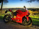 杜卡迪超级摩托车
