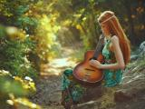 美女与吉他